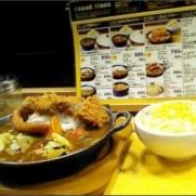 """Tom Hills*さんはTwitterを使っています: """"渋谷 マイカリー食堂 ソーセージはトッピングです。 http://t.co/r2Rj3D7XMh"""""""