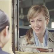 シャーロット・ケイト・フォックスさんとの年間CMキャラクター契約を締結 4月1日より全国で新TV-CMオンエア開始!|プレスリリース配信サービス【@Press:アットプレス】